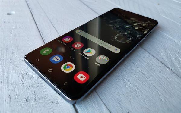 Galaxy S20 Ultra 5G:n viimeistely on huippuluokkaa.
