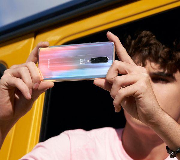 OnePlus 8 on kompakti.