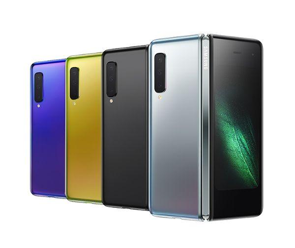 Galaxy Fold eri väreissä.