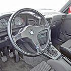 M5 on tehty pidemmillekin työmatkoille autobaanaa pitkin Saksan toisesta laidasta toiseen. Erot tavalliseen 5-sarjaan ovat minimaaliset.