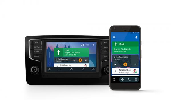 Perinteisempi Android Auto näyttää tältä.