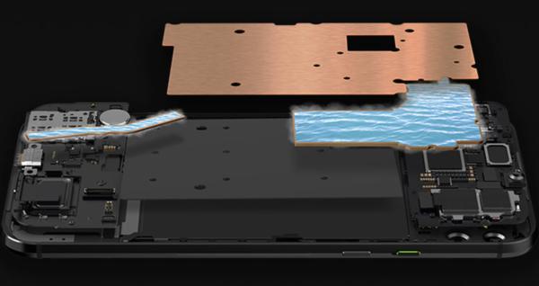 Black Shark 2:n jäähdytysjärjestelmä.