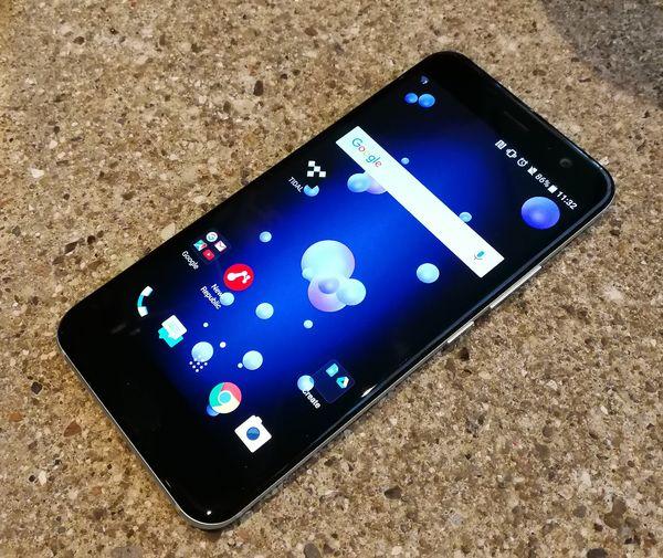 HTC U11:ssä on 5,5 tuuman näyttö.