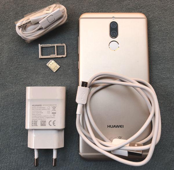 Mate 10 Liten mukana toimitetaan 10 watin (5V / 2A) laturi, Micro-USB-kaapeli ja nappikuulokkeet.