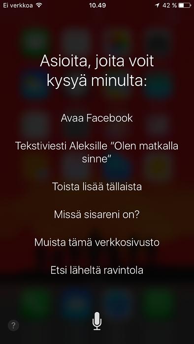 Tällä hetkellä Siri-näkymässä painikkeena toimii mikrofonin kuva.