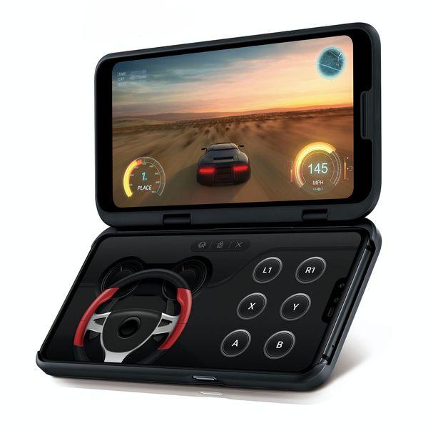 LG V50 ThinQ 5G:n lisänäyttökuorta voi hyödyntää esimerkiksi pelaamisessa.
