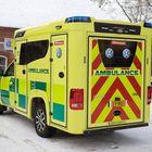 Amarokin päälle rakennettu ambulanssi on kompaktin kokoinen verrattuna useisiin pakettiautojen pohjalle tehtyihin