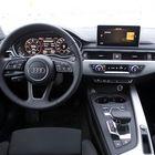 Kuljettajalla on hyvät oltavat ja hallintalaitteiden käytön oppii varsin vaivattomasti