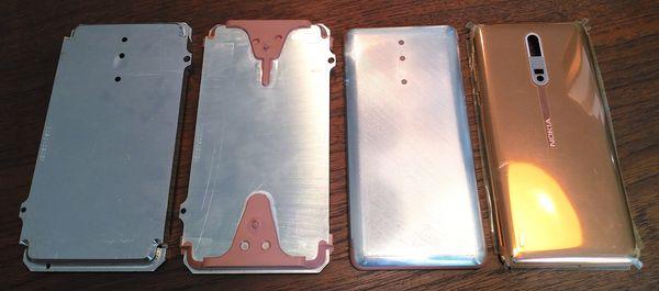 Nokia 8 valmistetaan yhdestä alumiinipalasta. Yllä Nokia 8:lla otetussa kuvassa näkyy alumiinipalan kehitys eri valmistusvaiheissa lopulliseen muotoonsa.