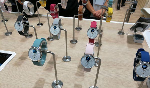 Uusia ranneketyylejä esiteltiin myös Nokian osastolla IFA-messuilla.