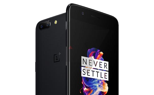 OnePlus 5, Android Policen julkaisemassa vuotokuvassa.