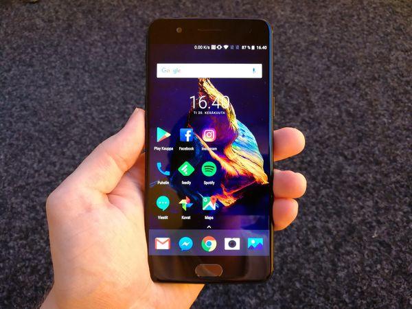 OnePlus 5:ssä on edelleen 5,5 tuuman näyttö.