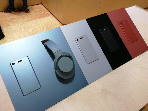 Xperia XZ1 Compact -värivalikoima.